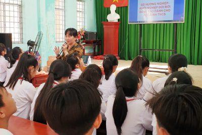 Giáo Dục Hướng nghiệp và triển khai Khởi nghiệp đổi mới sáng tạo cho Học sinh khối 9