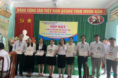 Trường THCS Thị Trấn tổng kết Hội thi giáo viên dạy giỏi cấp trường
