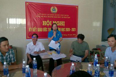LĐLĐ huyện Vĩnh Thuận tổ chức kí giao ước thi đua năm học 2020-2021 khối Giáo dục