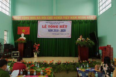 Trường THCS Thị Trấn tổ chức lễ tổng kết năm học 2019-2020.