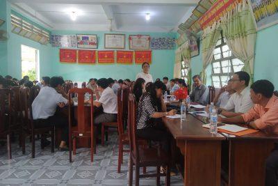 Hội đồng sư phạm Trường THCS Thị Trấn họp thường kì tháng 12/2020